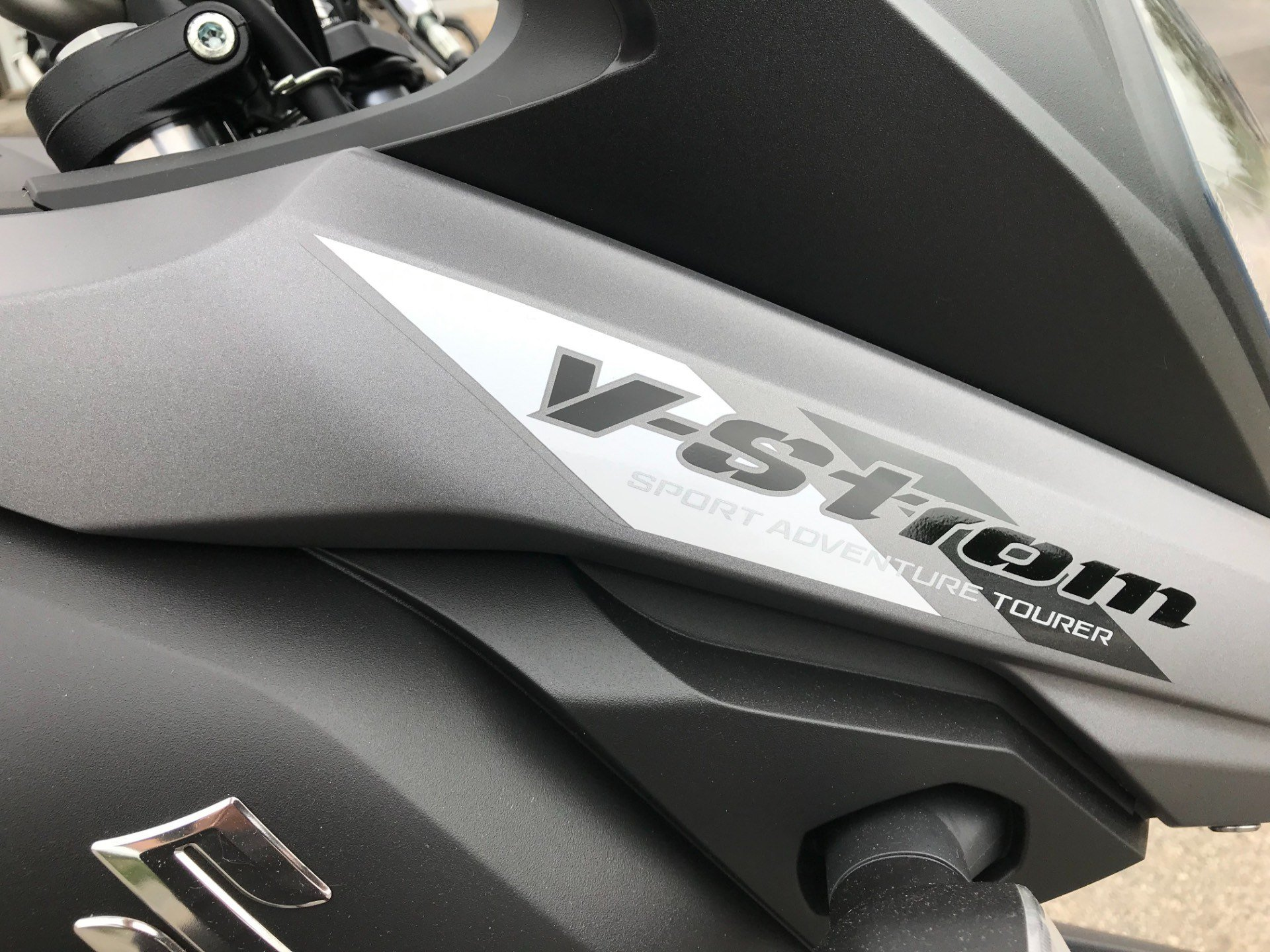 2019 Suzuki V-Strom 650 in Coloma, Michigan - Photo 10