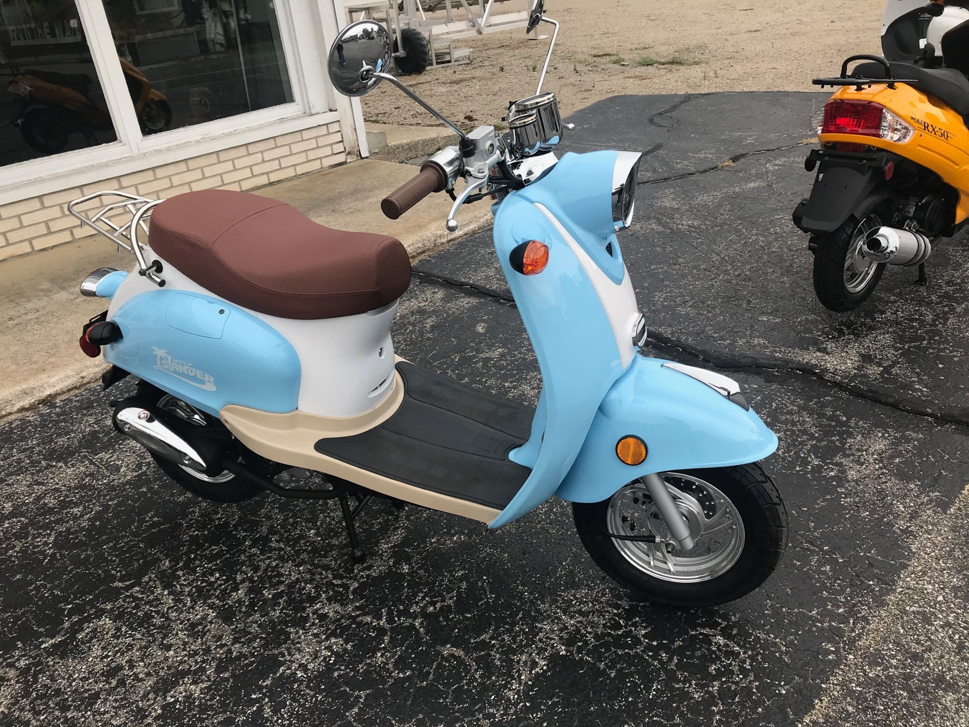 2021 Wolf Brand Scooters Islander in Coloma, Michigan - Photo 2