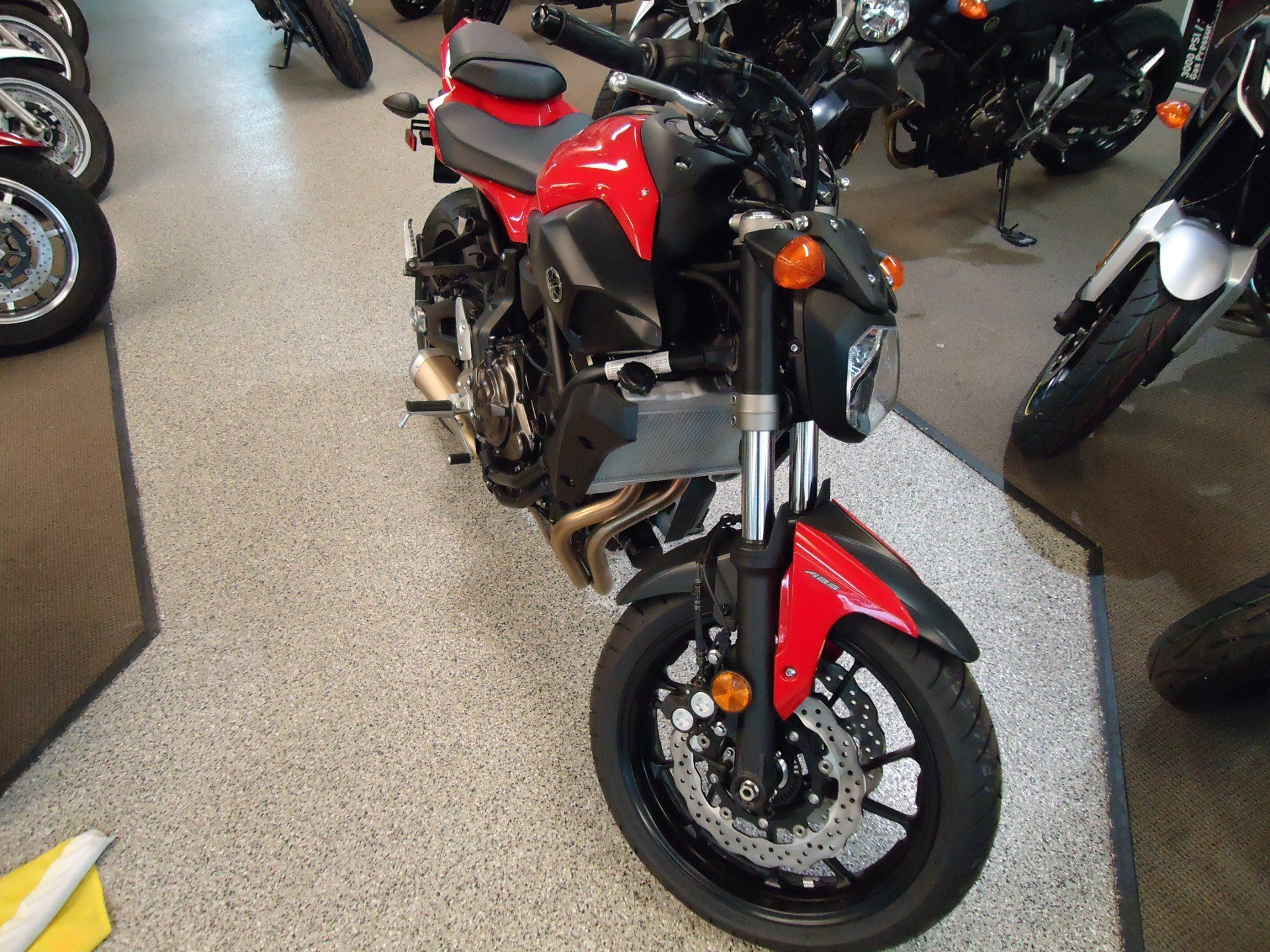 2017 Yamaha FZ-07 ABS in Coloma, Michigan