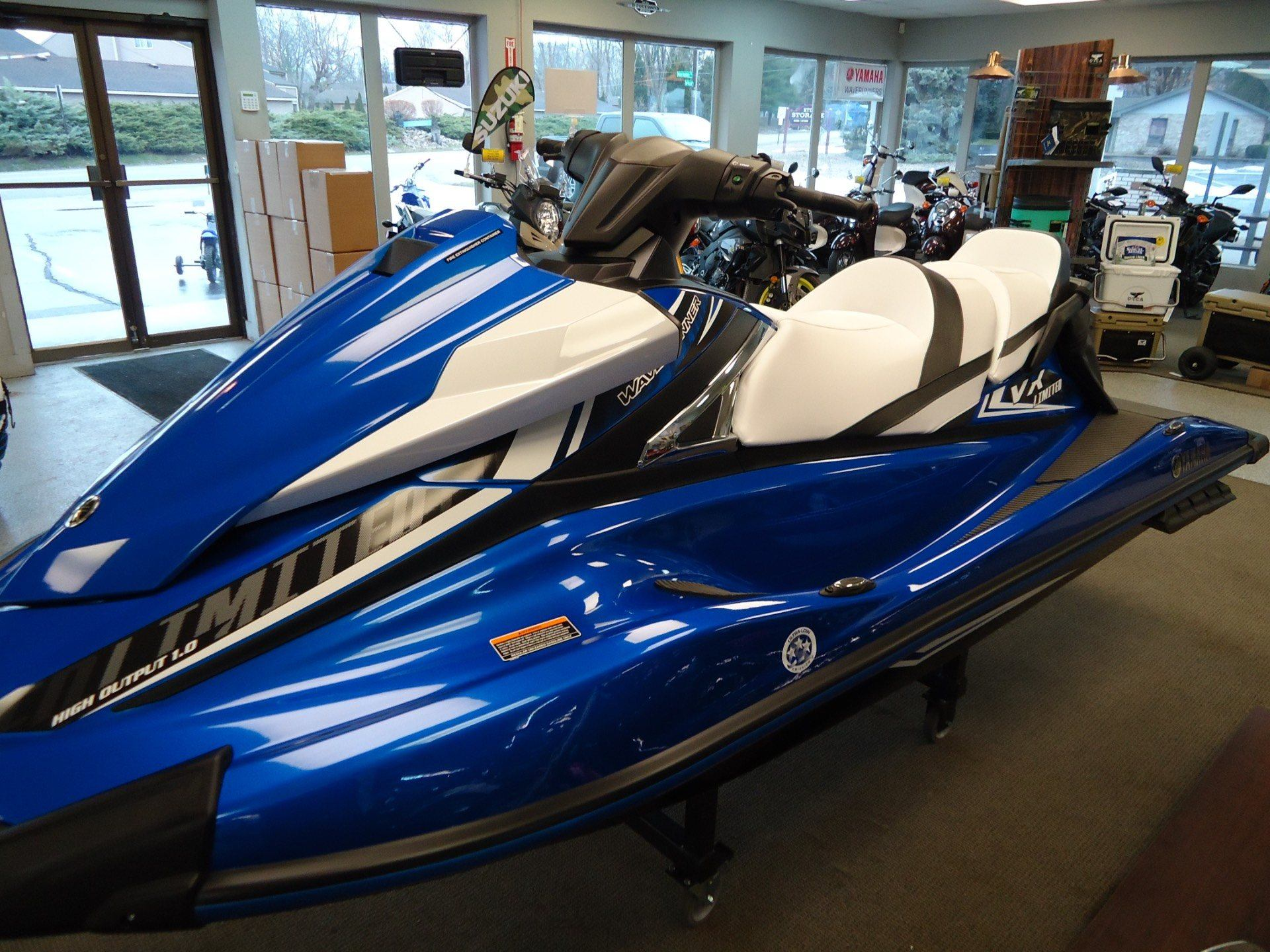 2017 Yamaha VX Limited 1
