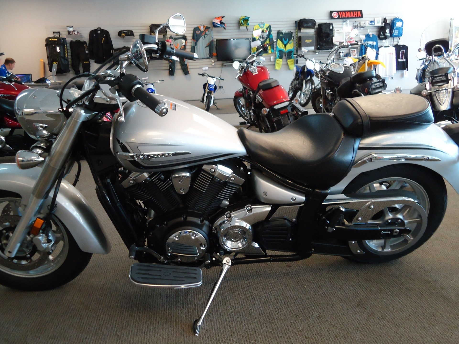2015 Yamaha V Star 1300 in Coloma, Michigan