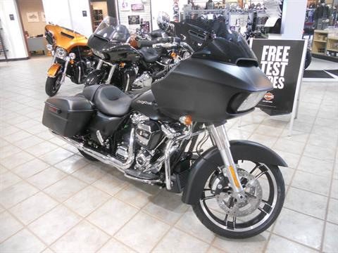 2017 Harley-Davidson Road Glide® Special in Manassas, Virginia