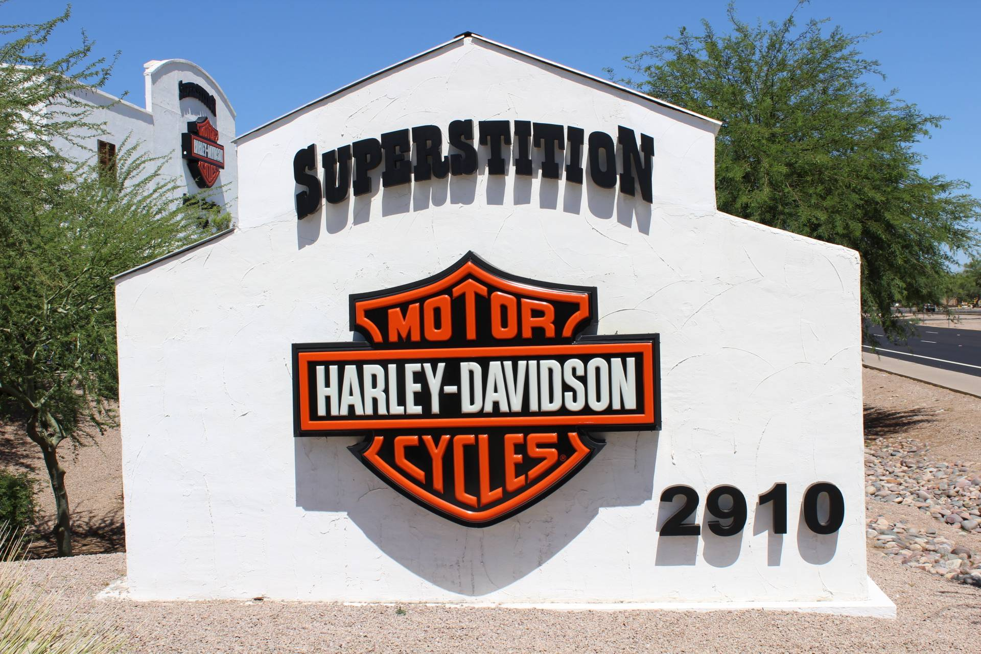 2017 Harley-Davidson CVO™ Pro Street Breakout® in Apache Junction, Arizona