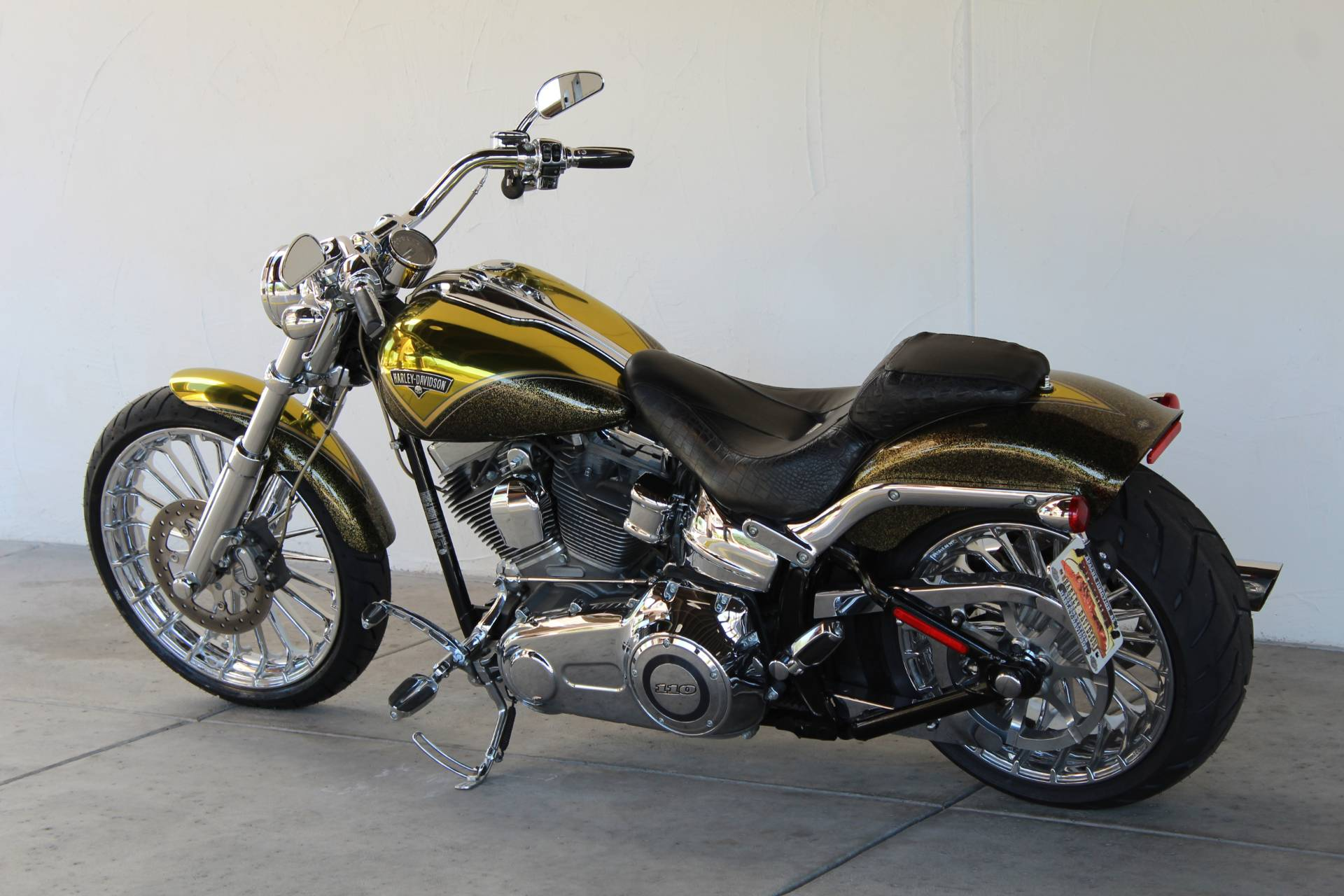 2013 Harley-Davidson CVO™ Breakout® in Apache Junction, Arizona