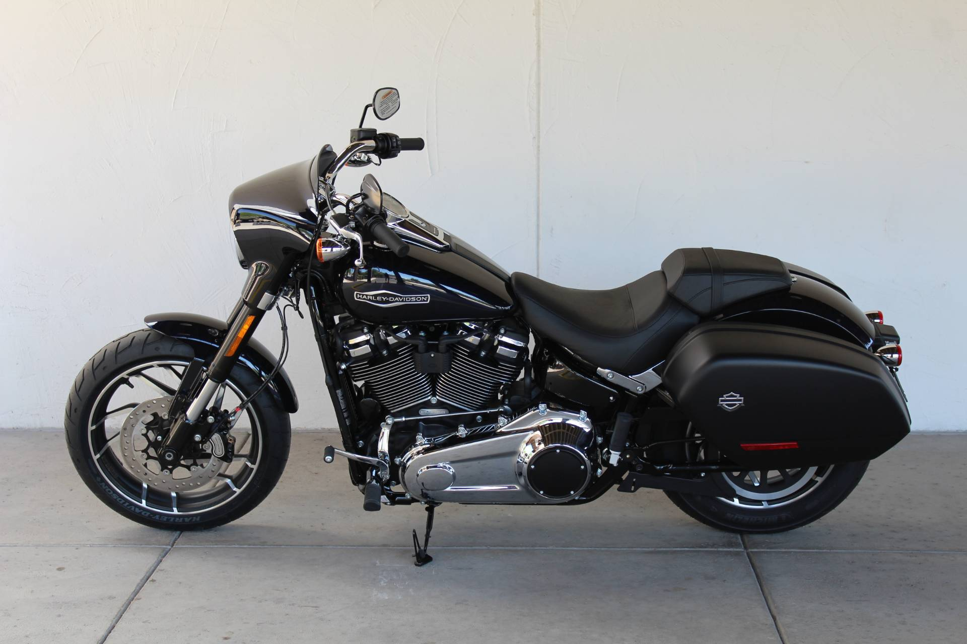 2019 Harley-Davidson Sport Glide® in Apache Junction, Arizona