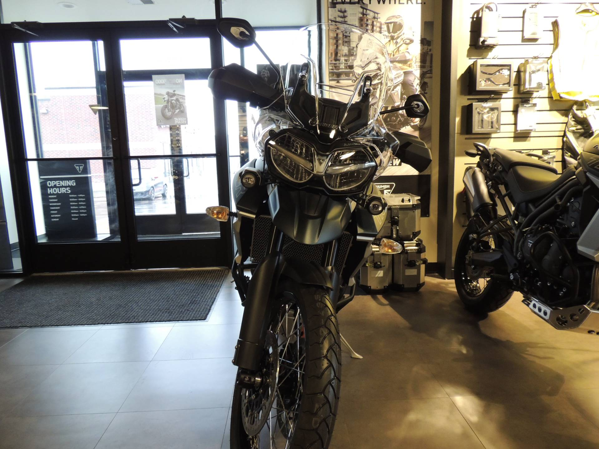 2019 Triumph Tiger 800 XCa in Shelby Township, Michigan - Photo 7