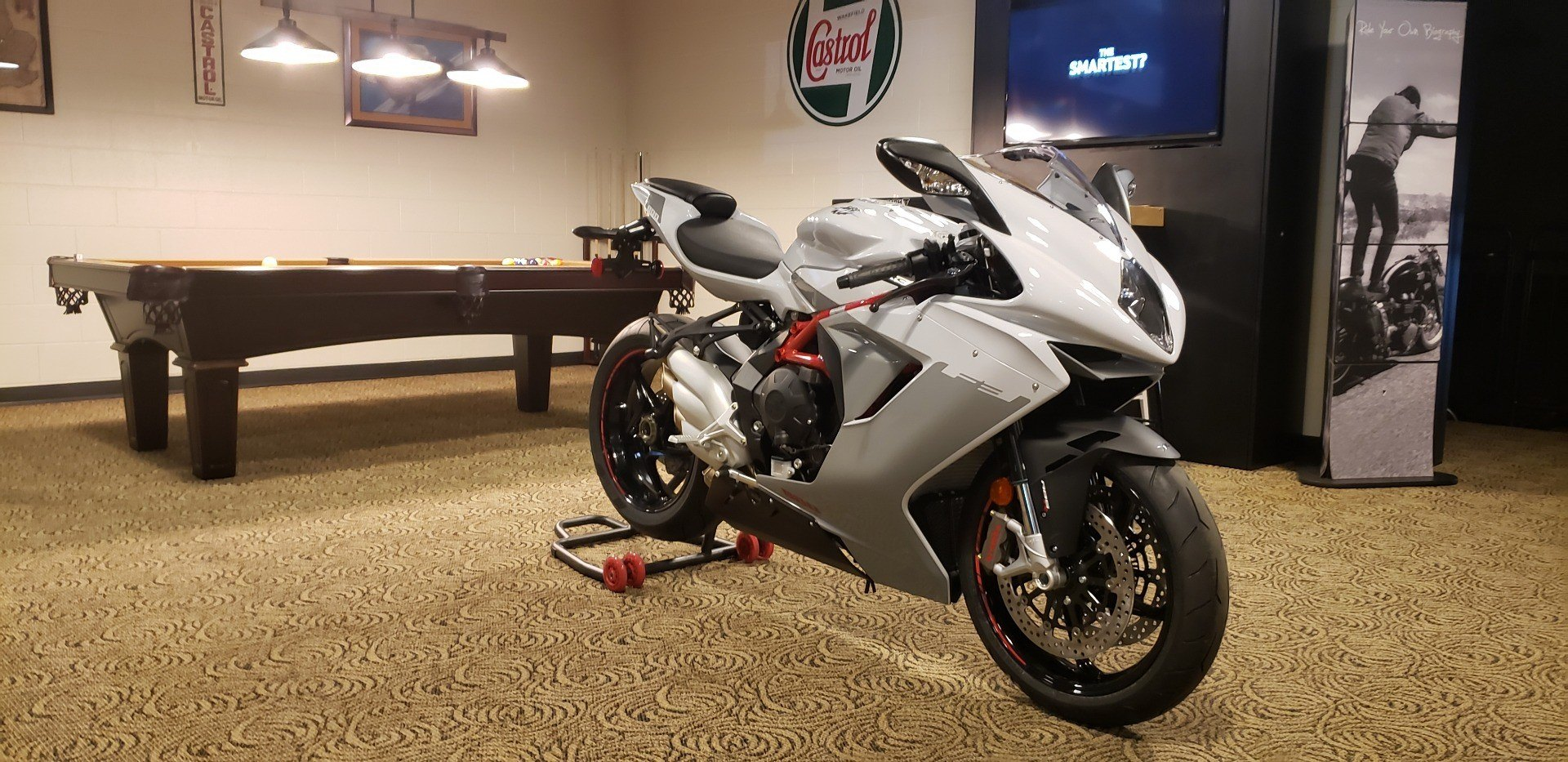 2019 MV Agusta F3 800 EAS ABS in Shelby Township, Michigan - Photo 2