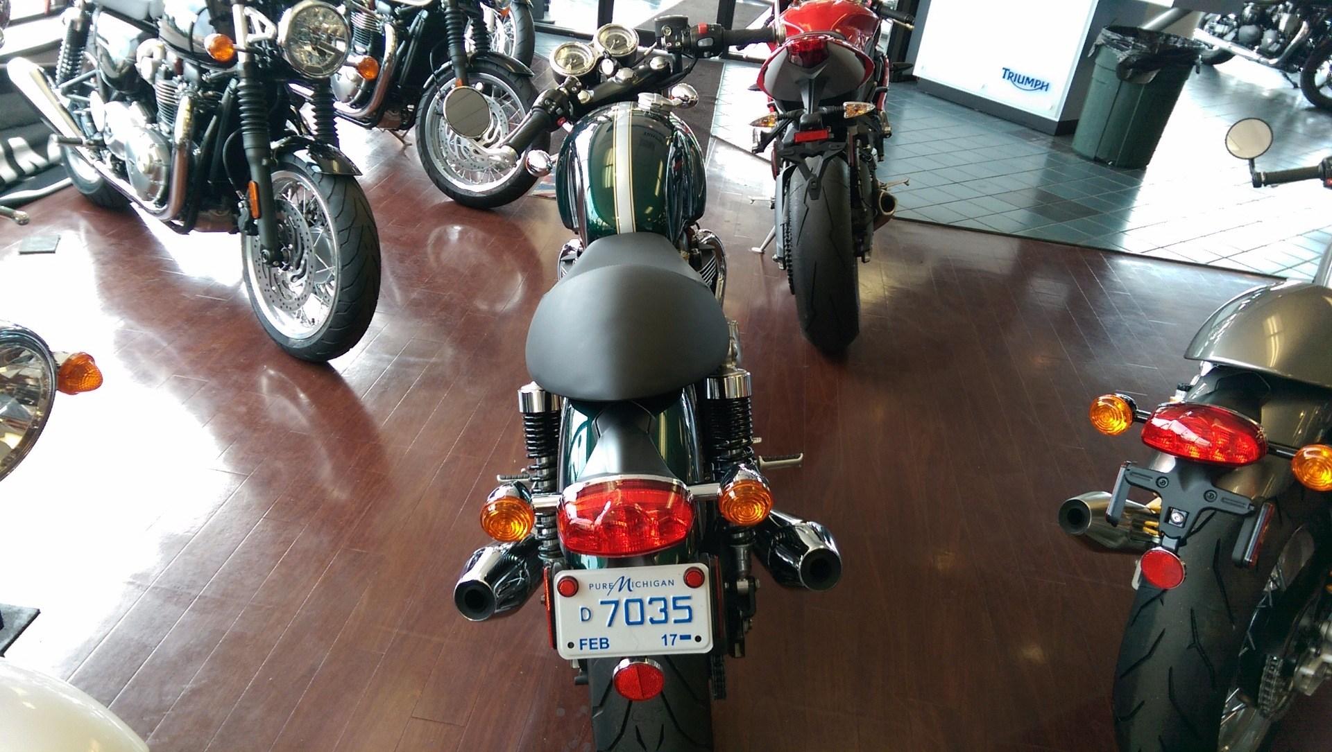 2016 Triumph Thruxton 1200 in Shelby Township, Michigan