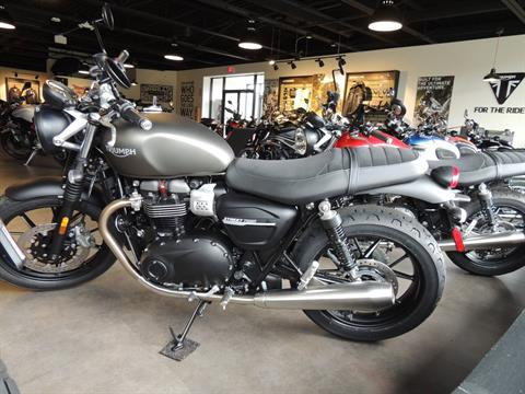 2020 Triumph Street Twin 900 in Shelby Township, Michigan - Photo 2