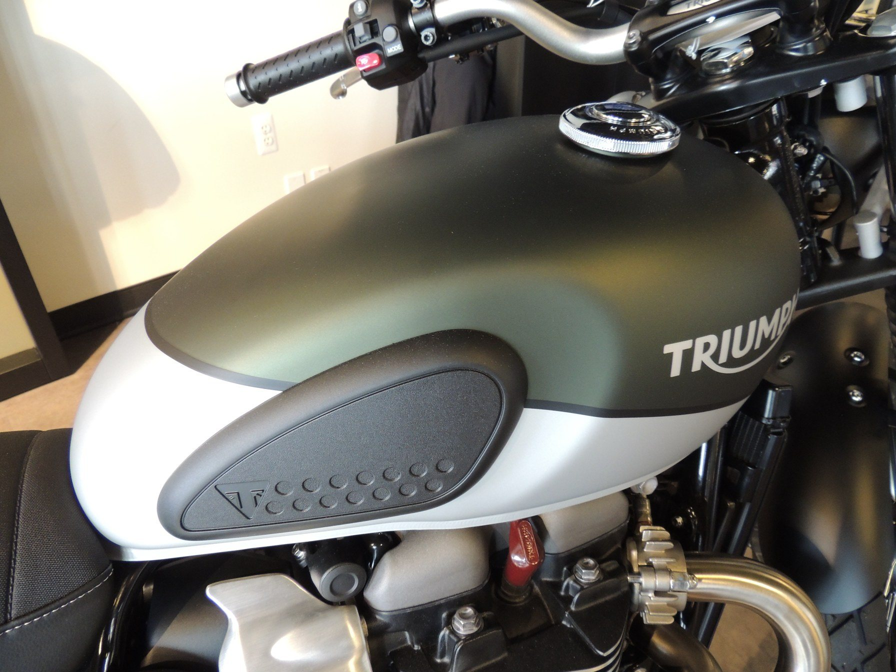 2019 Triumph Street Scrambler 900 in Shelby Township, Michigan - Photo 4