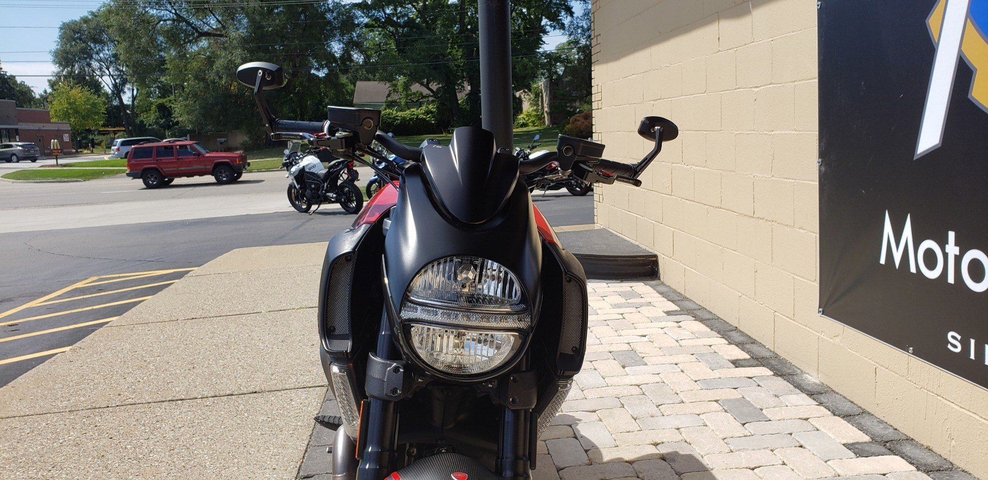 2013 Ducati Diavel Carbon in Shelby Township, Michigan - Photo 5
