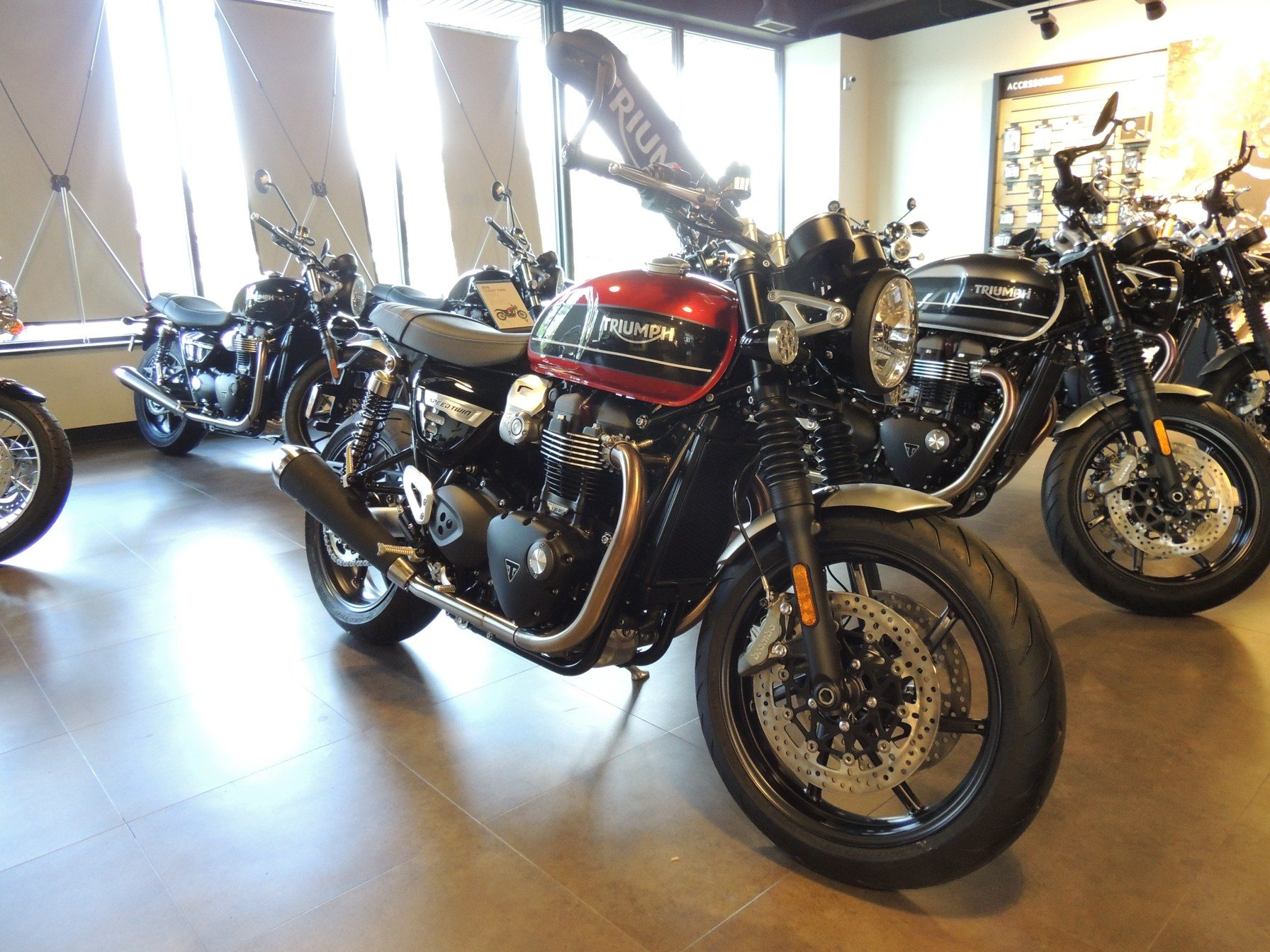 2019 Triumph Bonneville Speed Twin in Shelby Township, Michigan - Photo 1