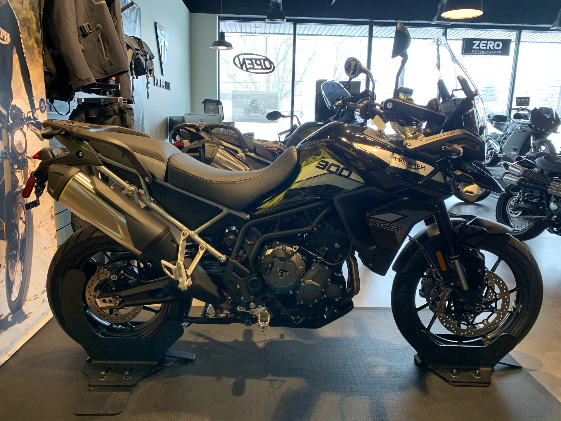 2021 Triumph Tiger 900 GT Pro in Shelby Township, Michigan - Photo 2
