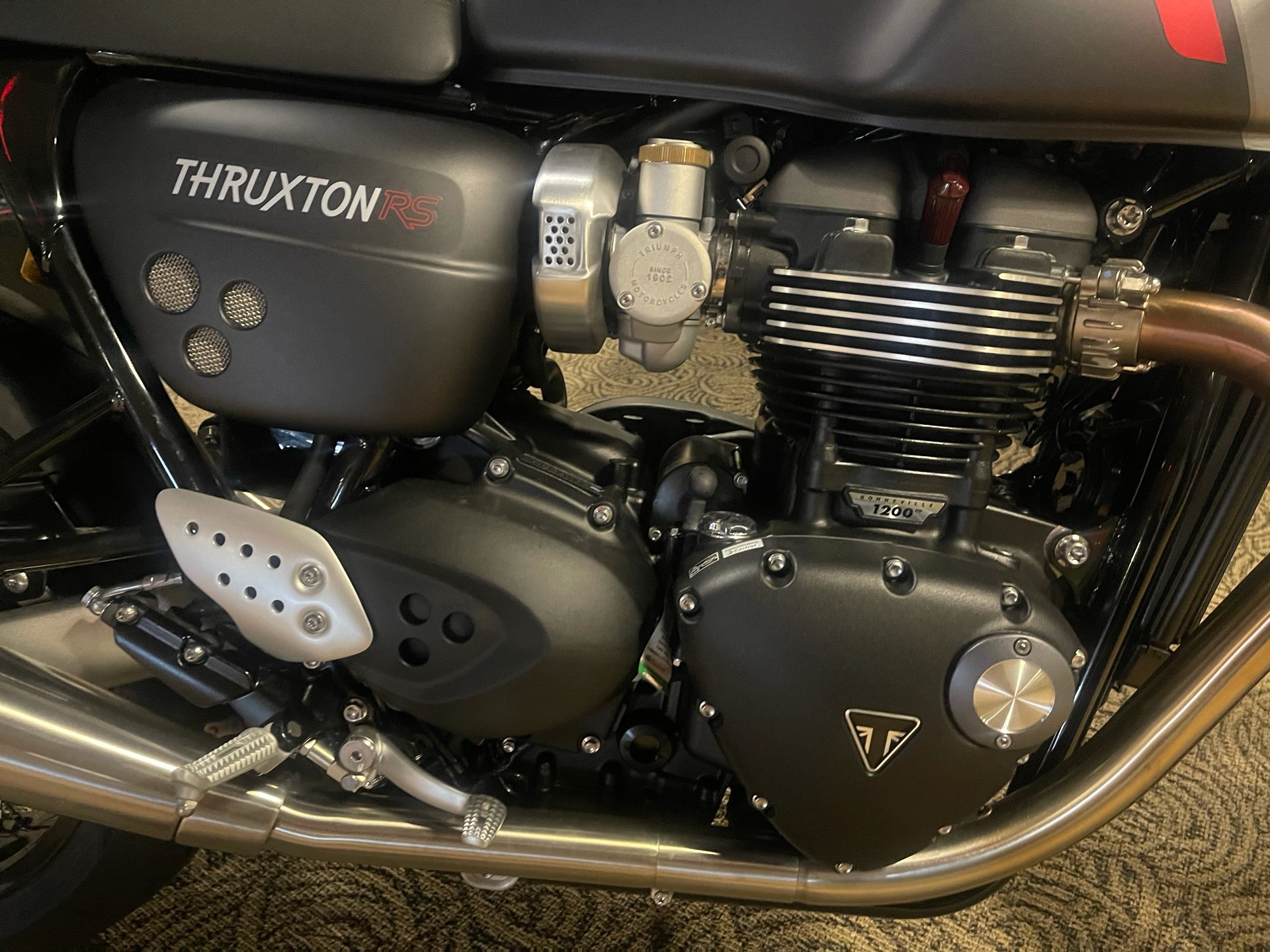 2020 Triumph Thruxton RS in Shelby Township, Michigan - Photo 5