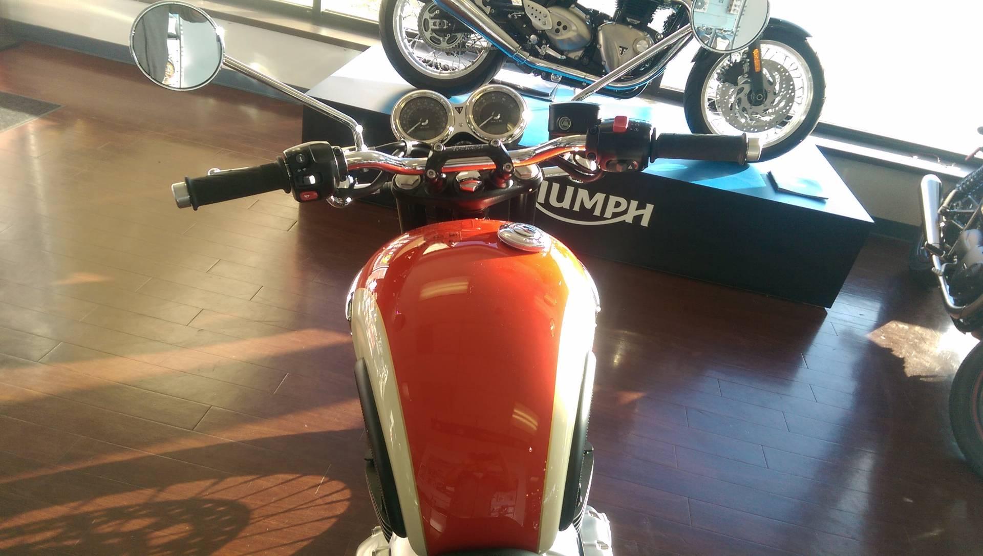 2017 Triumph Bonneville T100 in Shelby Township, Michigan