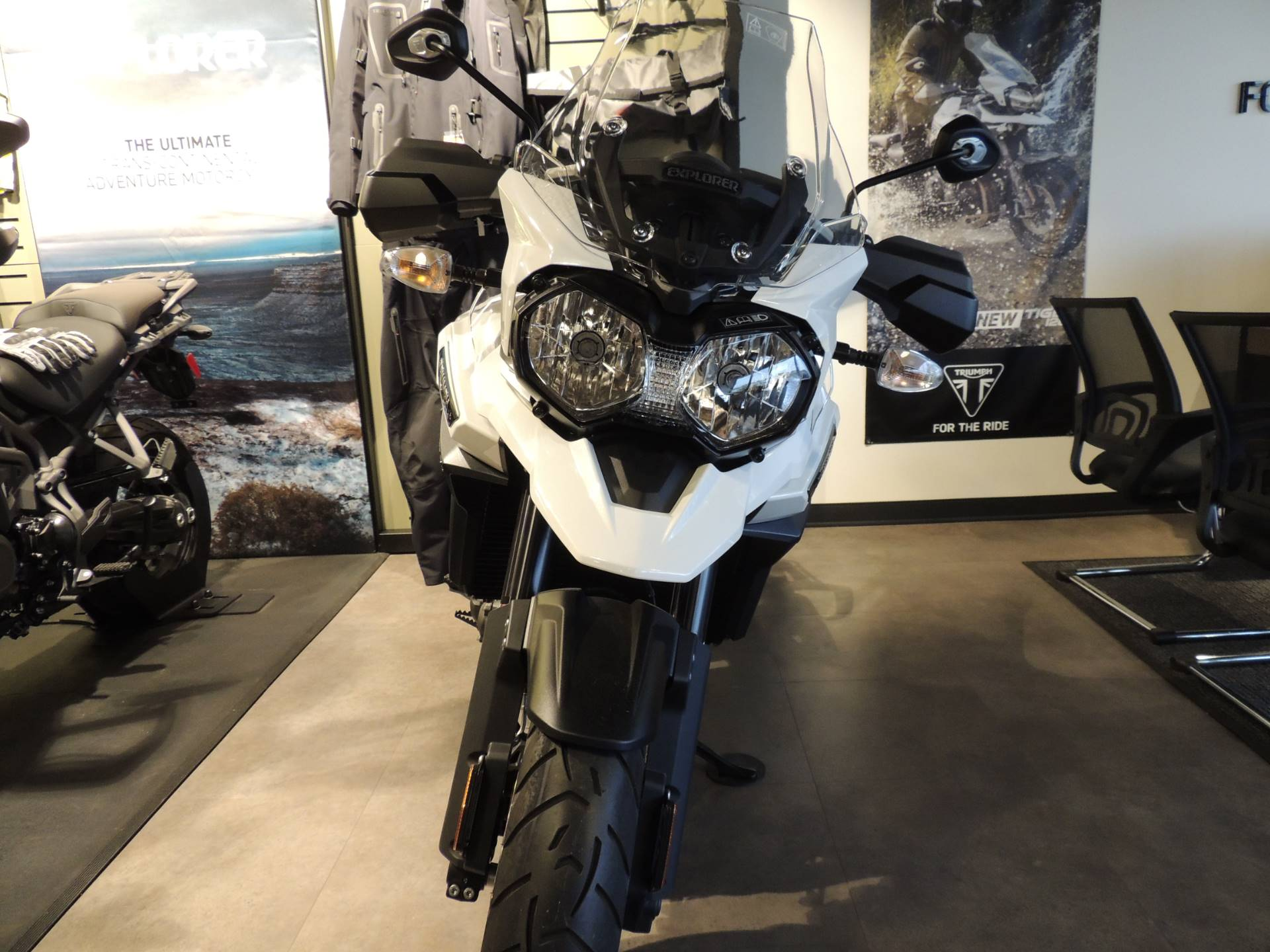 2017 Triumph Tiger Explorer XRx Low in Shelby Township, Michigan - Photo 8