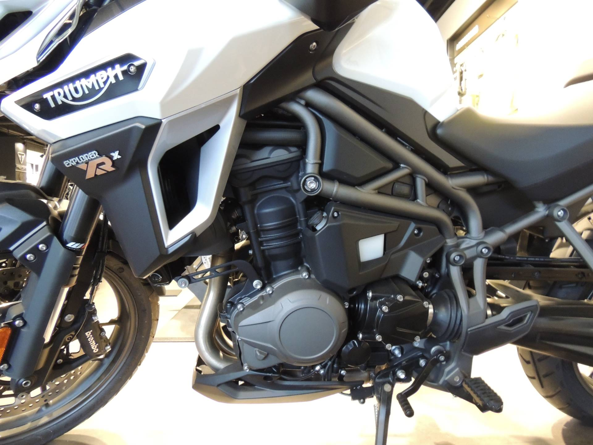 2017 Triumph Tiger Explorer XRx Low in Shelby Township, Michigan - Photo 3