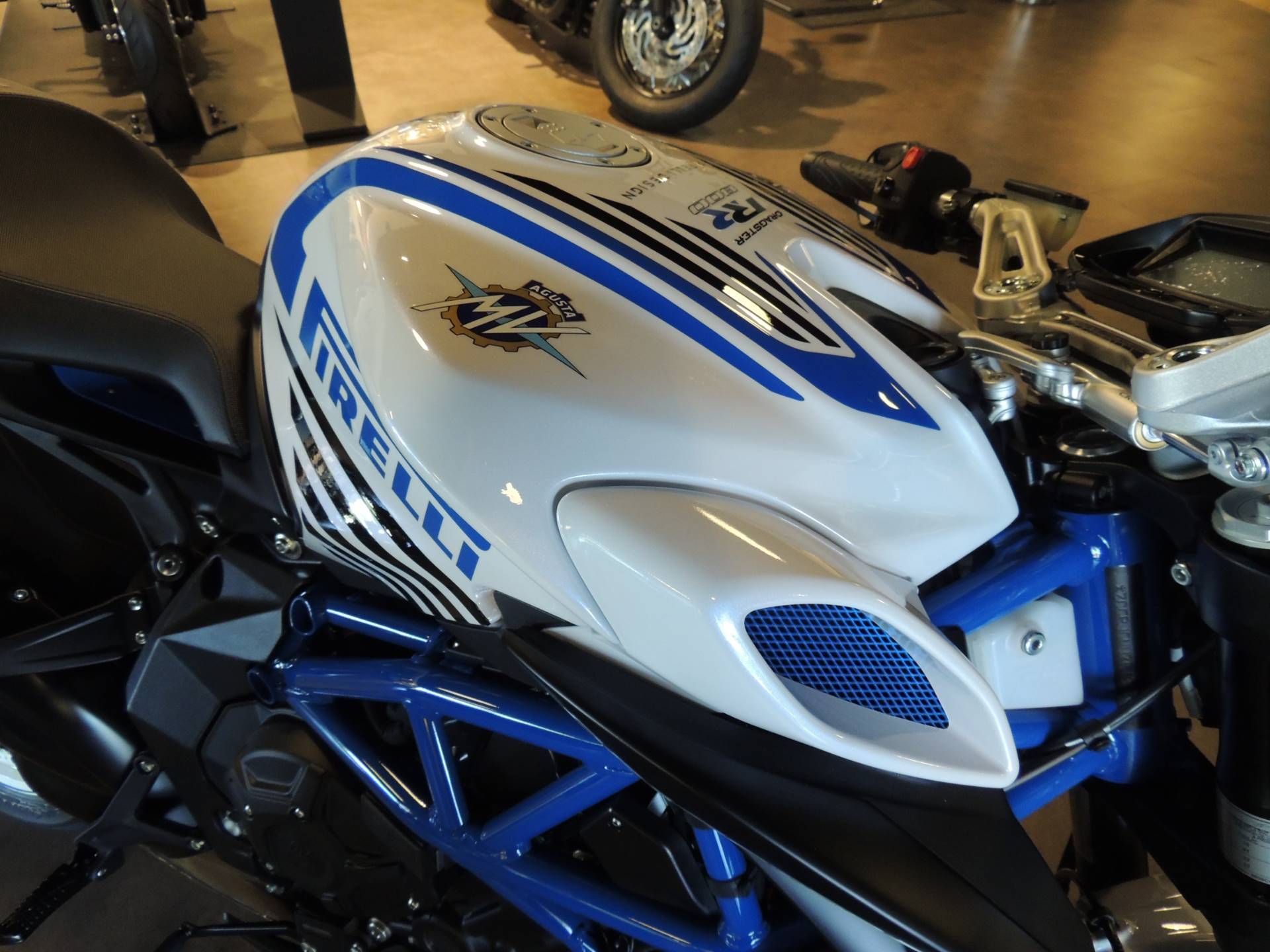 2019 MV Agusta Dragster 800 RR Pirelli in Shelby Township, Michigan - Photo 10