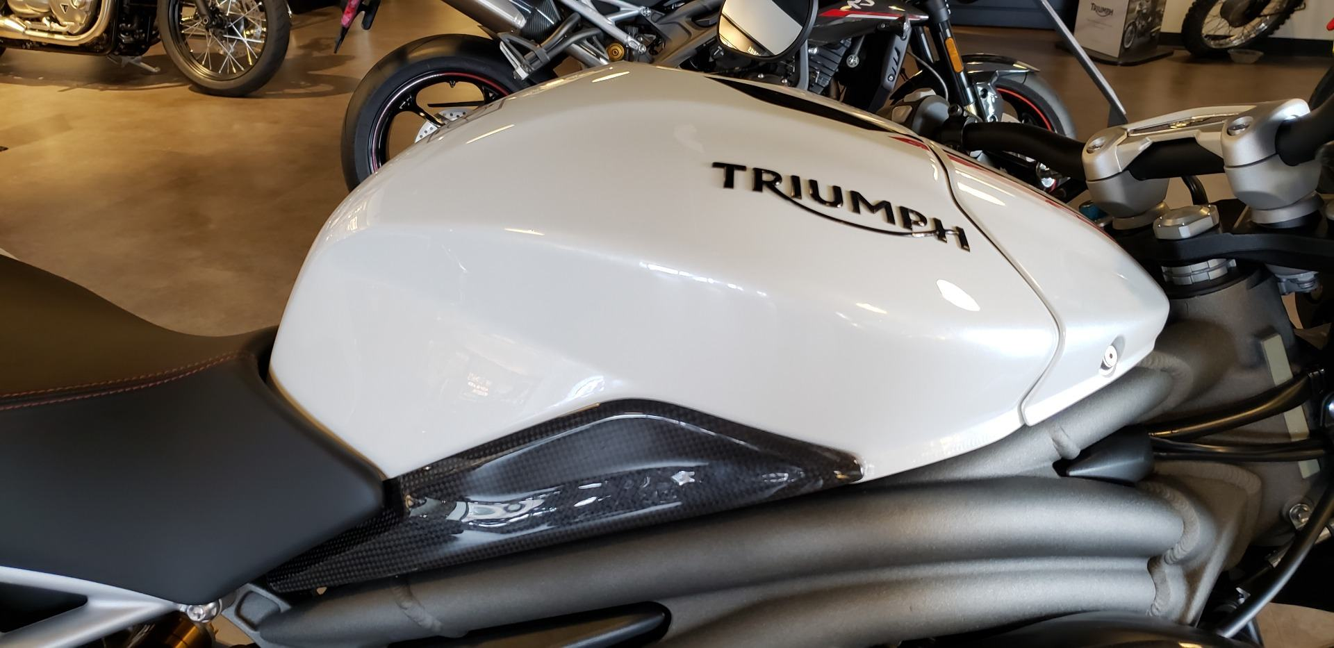 2018 Triumph Speed Triple RS in Shelby Township, Michigan - Photo 4
