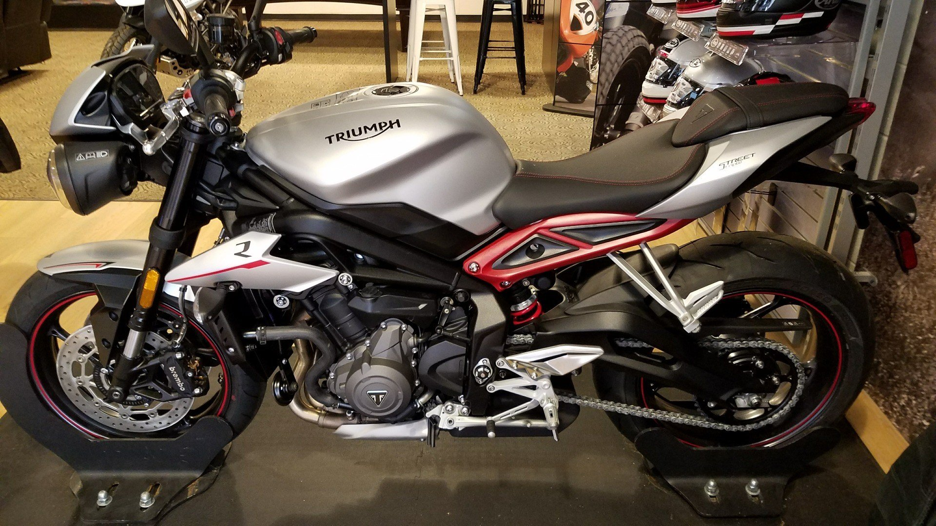 2018 Triumph Street Triple R LRH in Shelby Township, Michigan