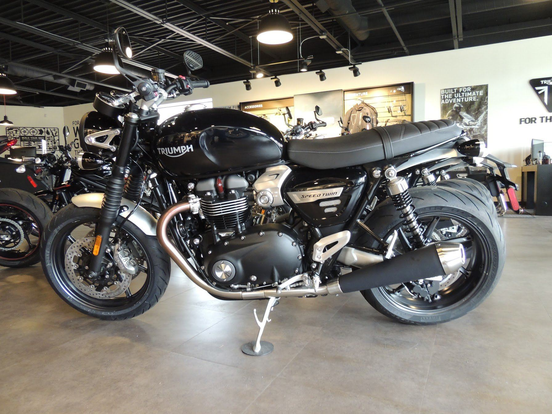 2019 Triumph Bonneville Speed Twin in Shelby Township, Michigan - Photo 2