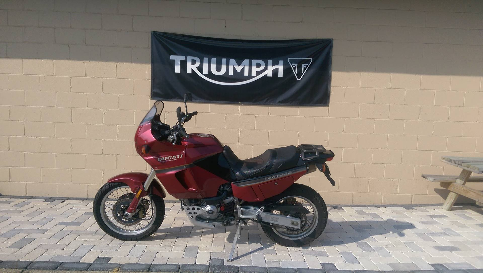1994 Ducati E 900 Elefant Desmodue in Shelby Township, Michigan