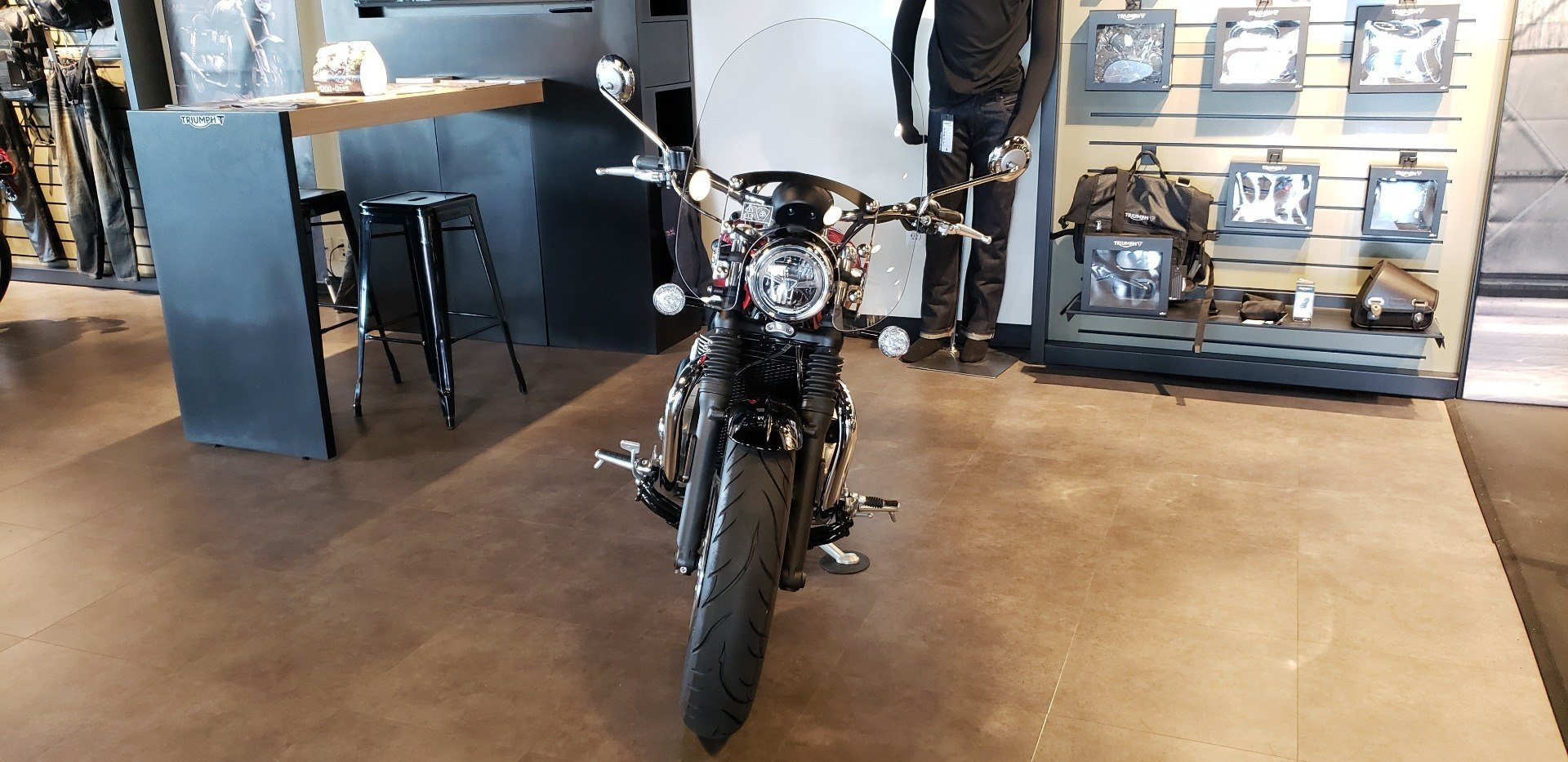 2018 Triumph Bonneville Speedmaster in Shelby Township, Michigan - Photo 2