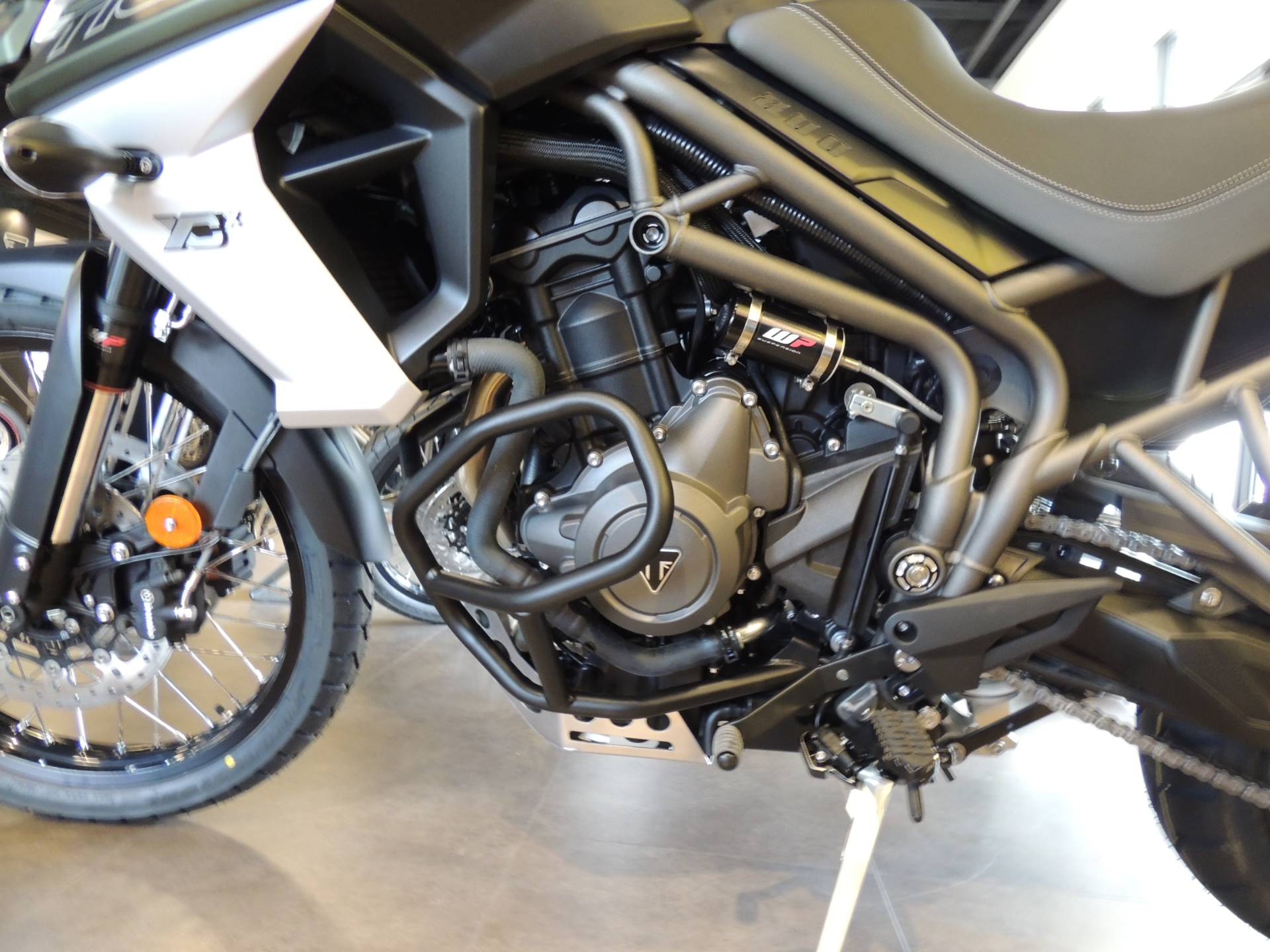 2019 Triumph Tiger 800 XCx in Shelby Township, Michigan - Photo 3