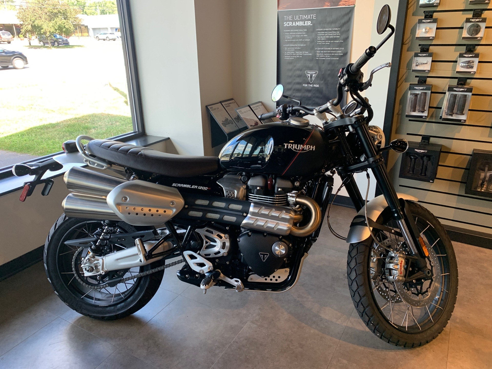 2019 Triumph Scrambler 1200 XC in Shelby Township, Michigan - Photo 2