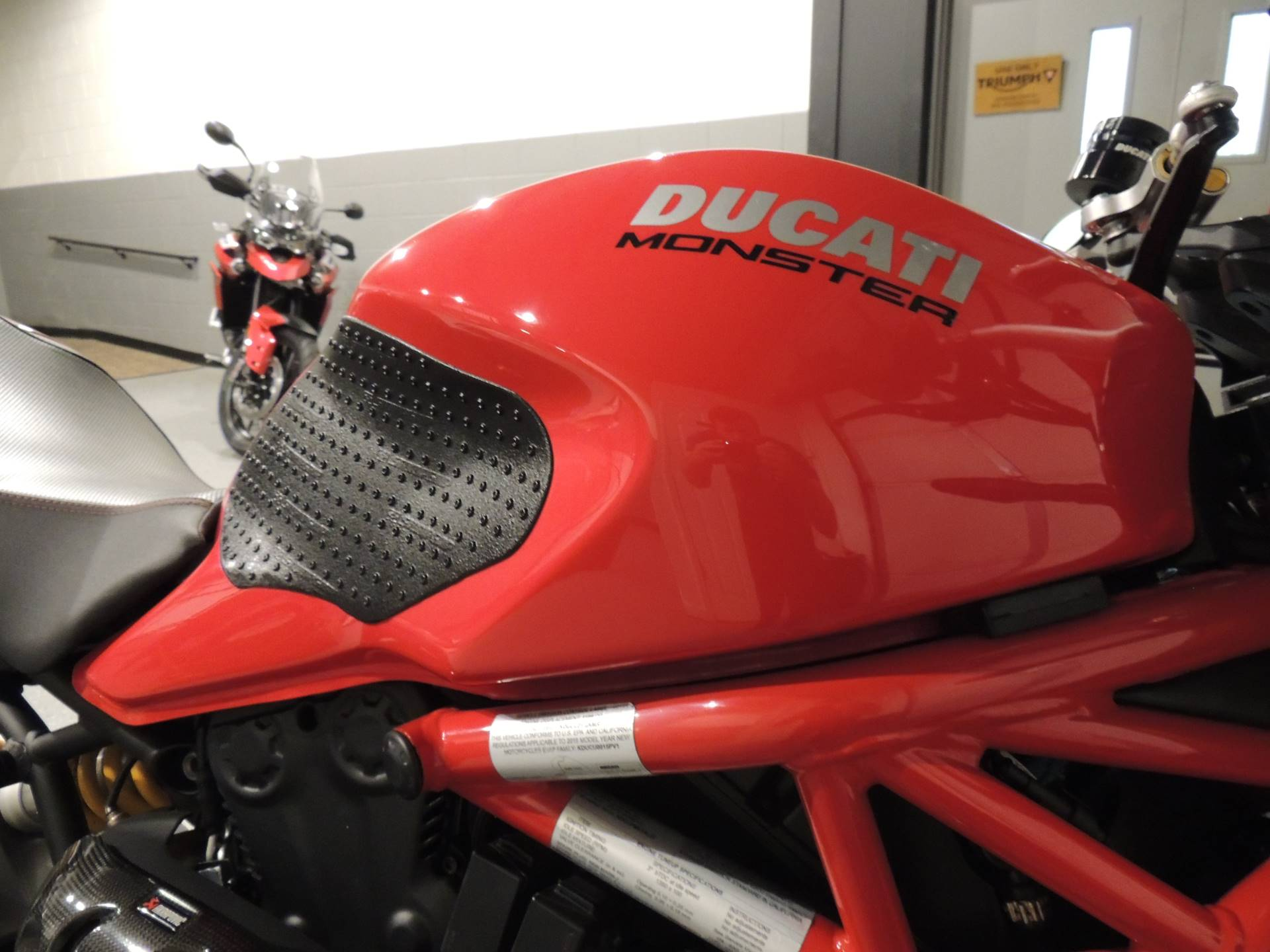 2019 Ducati Monster 1200 S in Shelby Township, Michigan - Photo 9