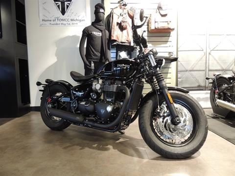 2019 Triumph Bonneville Bobber Black in Shelby Township, Michigan - Photo 1