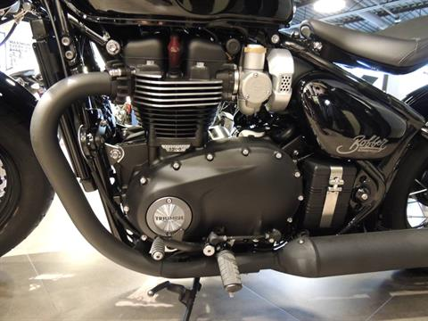 2019 Triumph Bonneville Bobber Black in Shelby Township, Michigan - Photo 4
