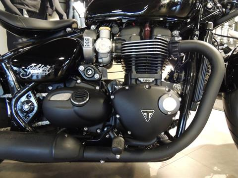 2019 Triumph Bonneville Bobber Black in Shelby Township, Michigan - Photo 3
