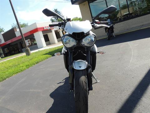 2019 Triumph Street Triple R LRH in Shelby Township, Michigan - Photo 9