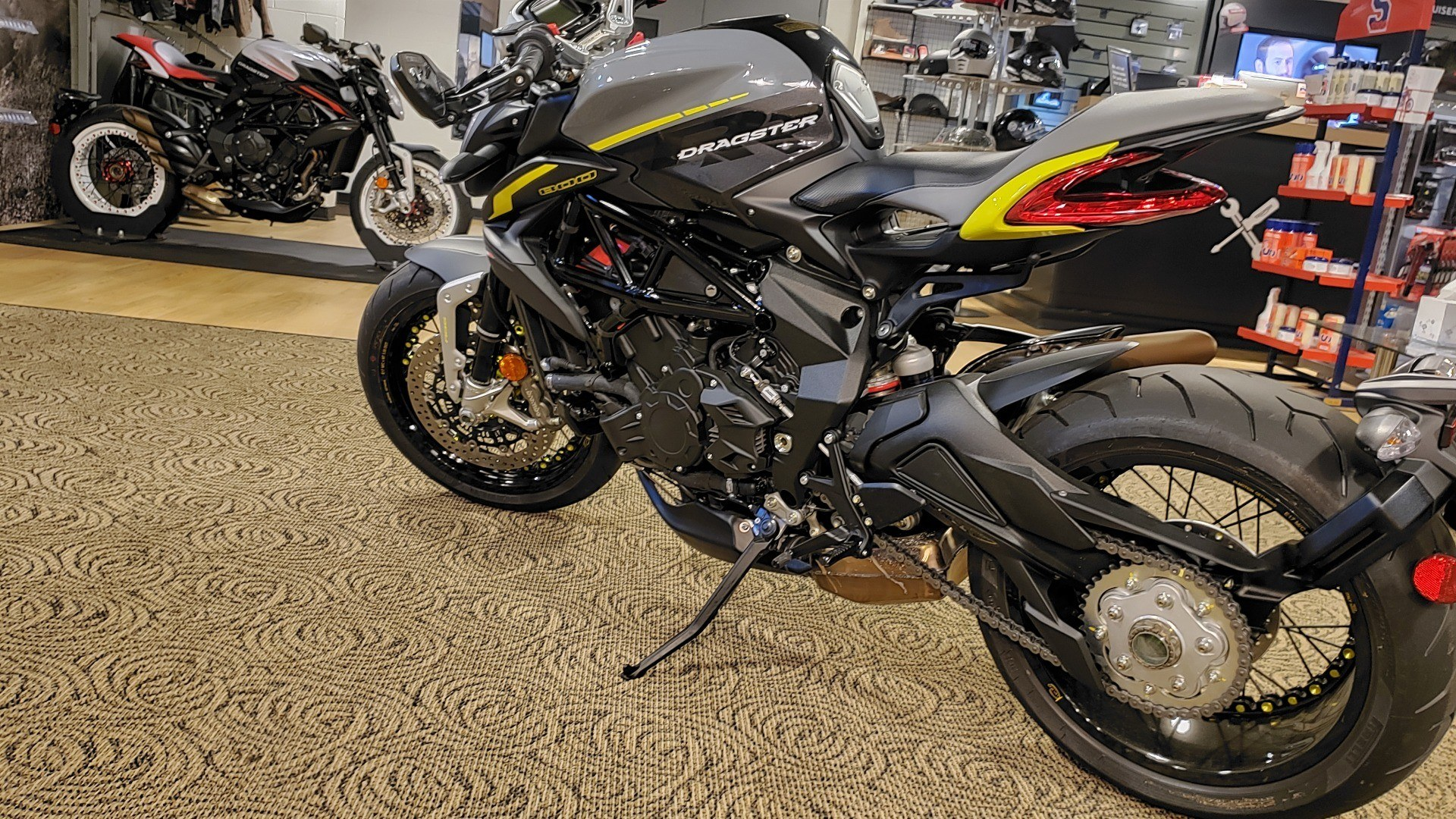 2019 MV Agusta Dragster 800 RR in Shelby Township, Michigan - Photo 9