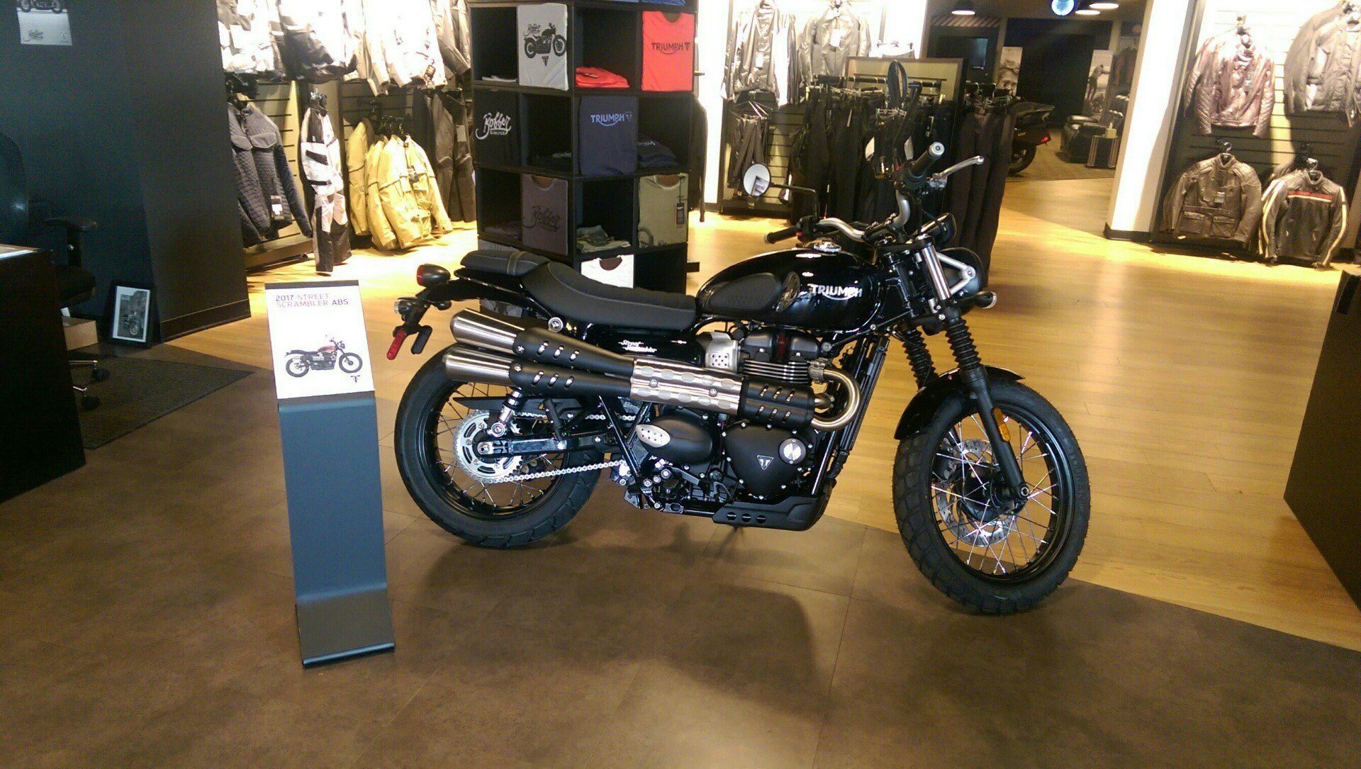 2017 Triumph Street Scrambler in Shelby Township, Michigan