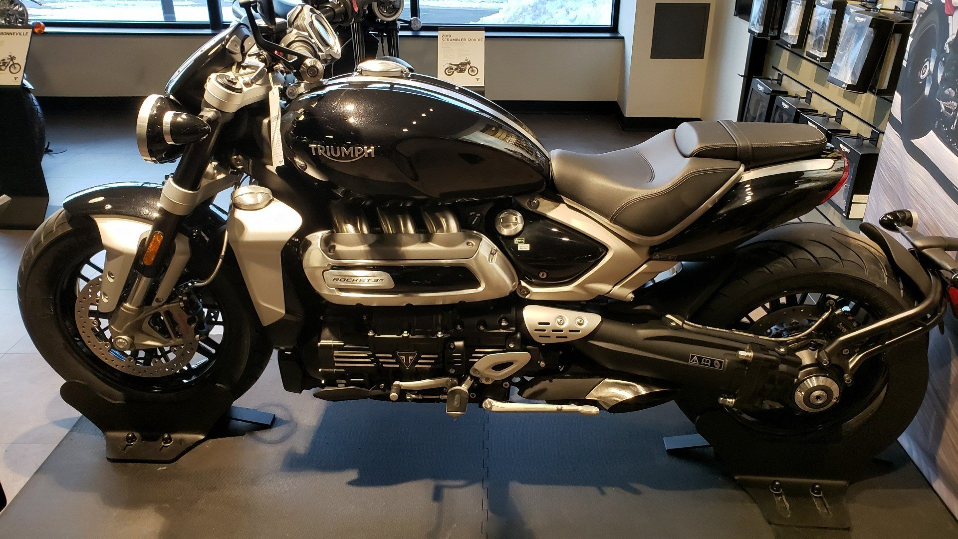 2020 Triumph Rocket 3 R in Shelby Township, Michigan - Photo 9