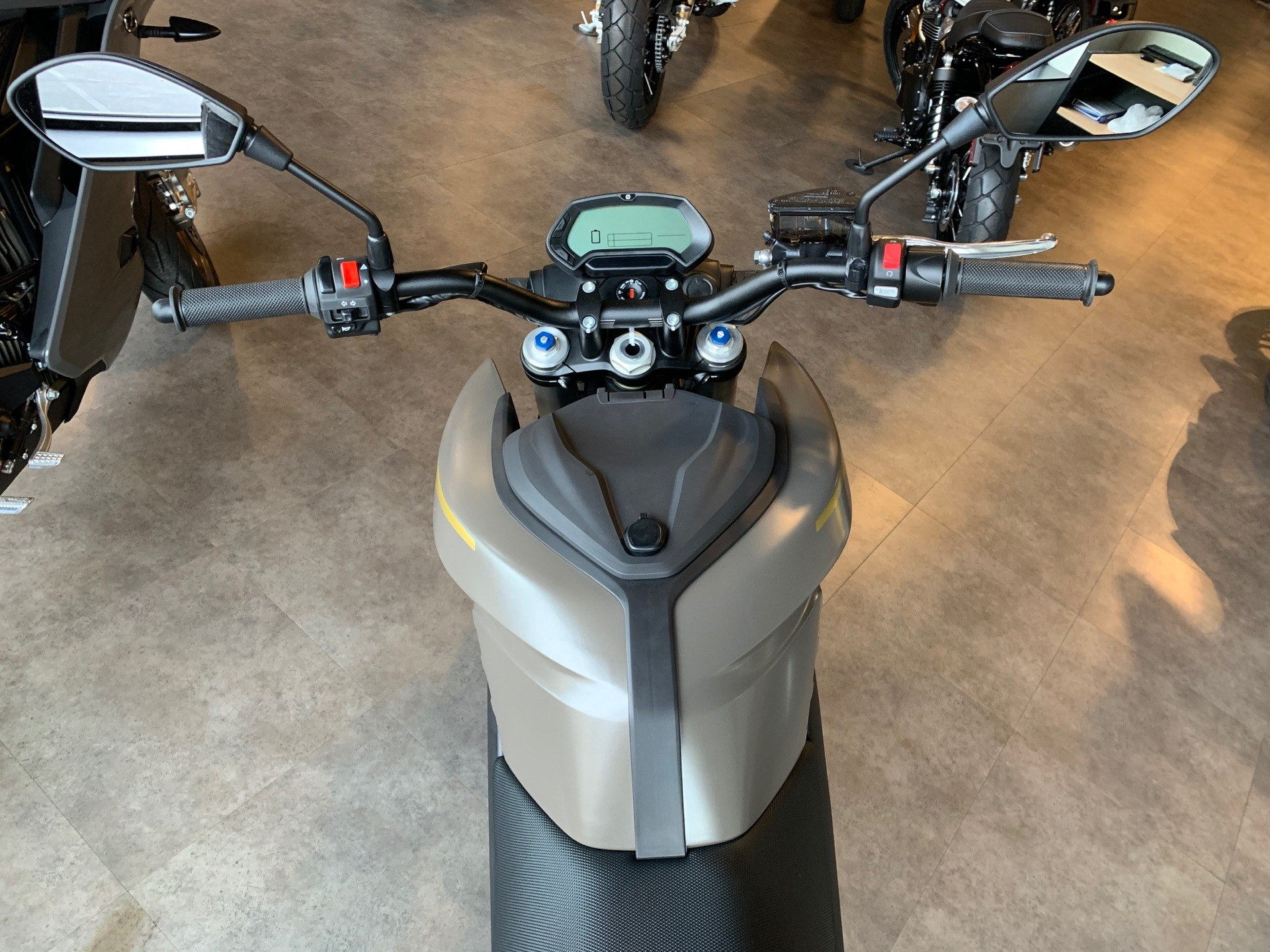 2021 Zero Motorcycles DSR ZF14.4 in Shelby Township, Michigan - Photo 7