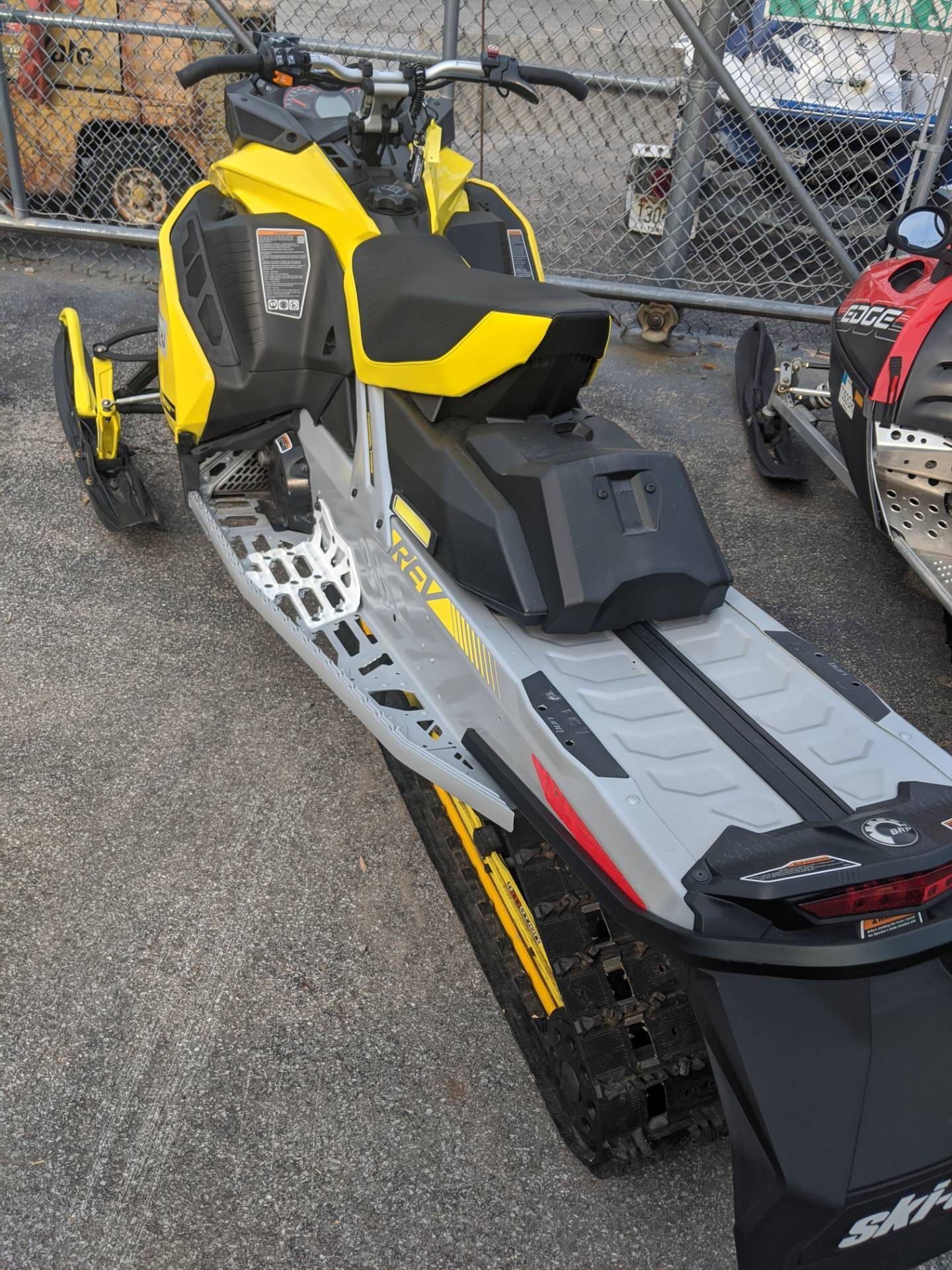2019 Ski-Doo MXZ X 850 E-TEC Ripsaw 1.25 in Phoenix, New York - Photo 3
