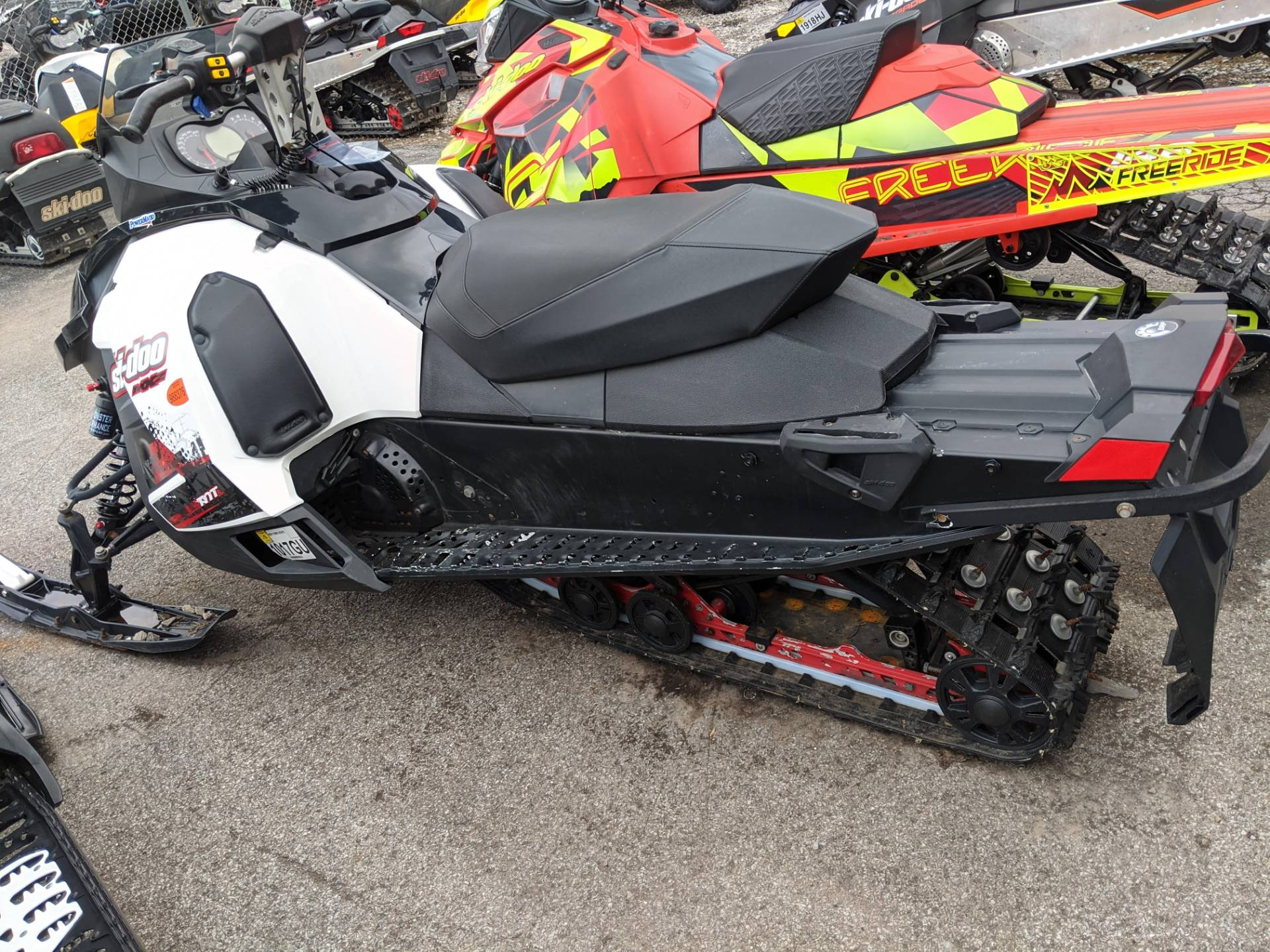 2010 Ski-Doo MX Z® TNT™ 1200 in Phoenix, New York - Photo 3