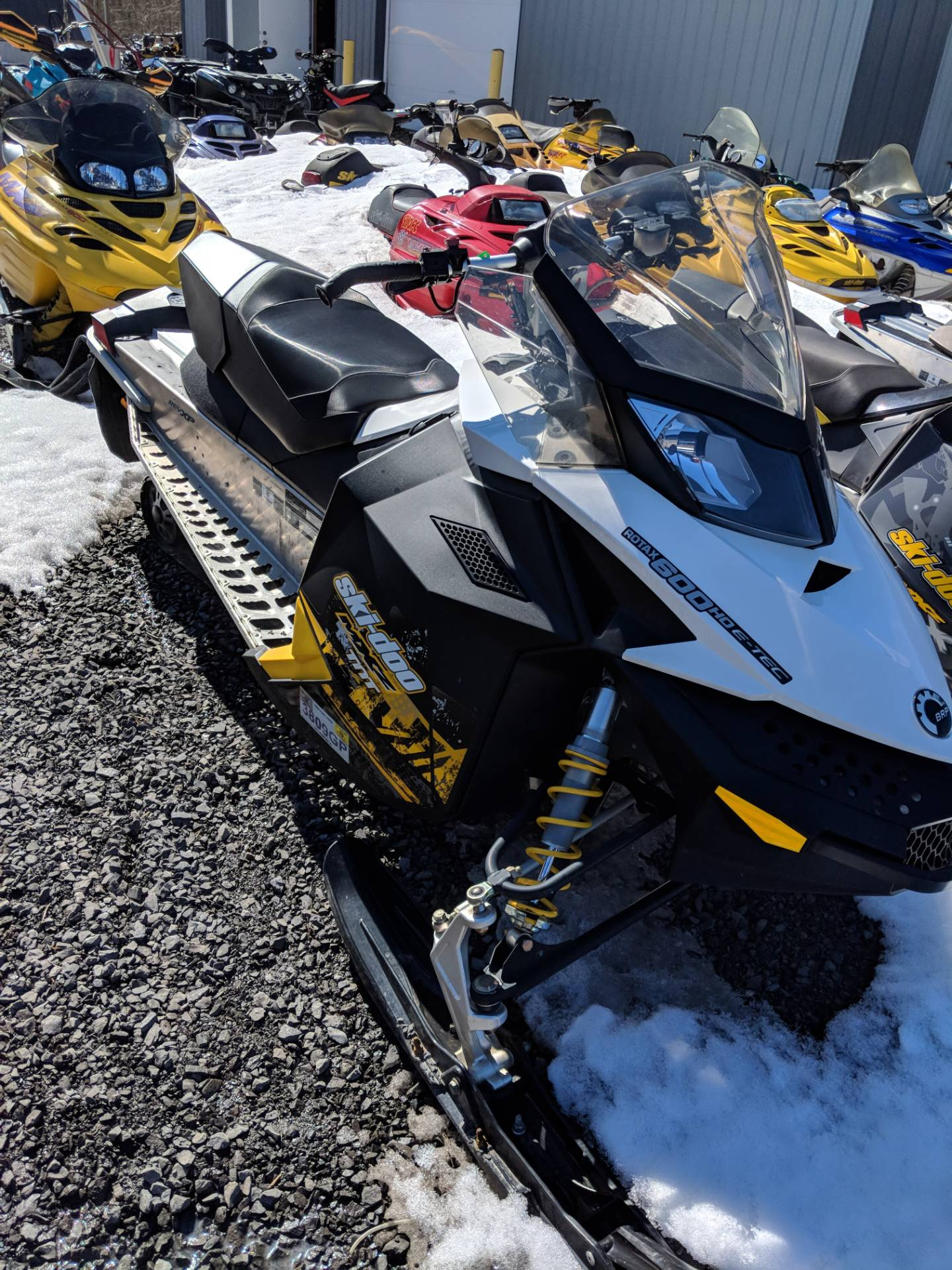 2011 Ski-Doo MX Z® TNT™ E-TEC 600 H.O. ES in Phoenix, New York - Photo 2