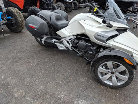 2015 Can-Am Spyder® F3 SM6 in Phoenix, New York - Photo 2