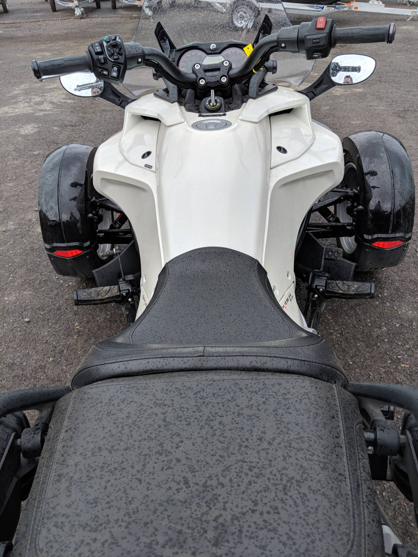 2015 Can-Am Spyder® F3 SM6 in Phoenix, New York - Photo 5