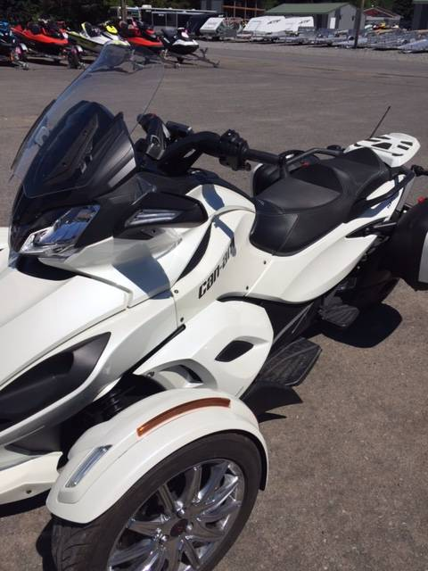 2013 Can-Am Spyder® ST Limited in Phoenix, New York