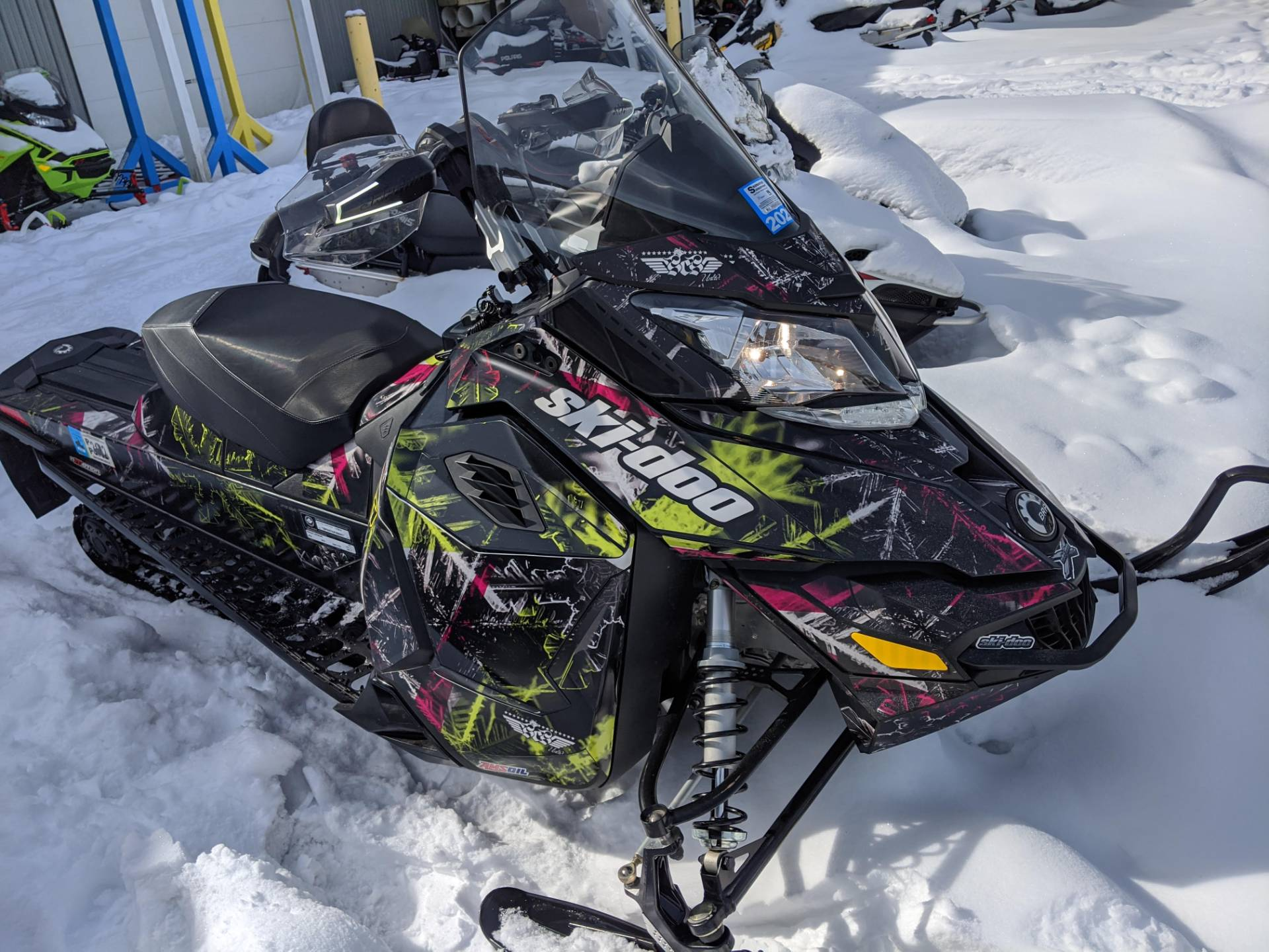 2015 Ski-Doo Renegade® Adrenaline™ E-TEC® 800R in Phoenix, New York - Photo 2