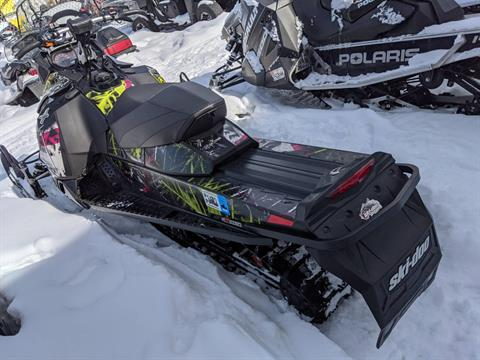2015 Ski-Doo Renegade® Adrenaline™ E-TEC® 800R in Phoenix, New York - Photo 3