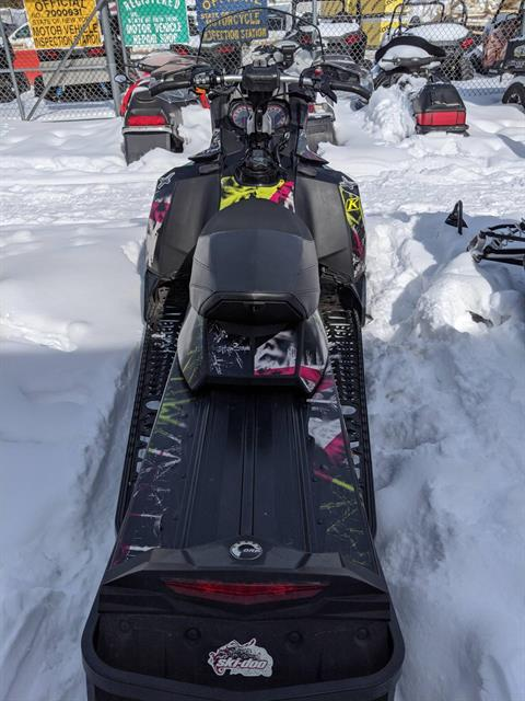 2015 Ski-Doo Renegade® Adrenaline™ E-TEC® 800R in Phoenix, New York - Photo 4