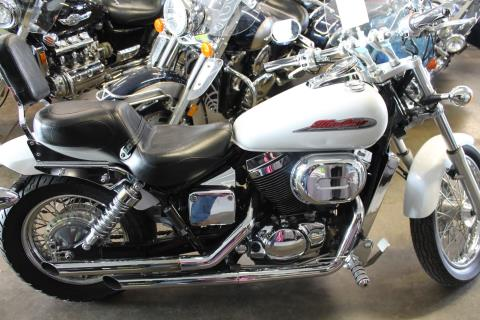 2002 Honda VT750DC2 Shadow in Elizabethtown, Kentucky