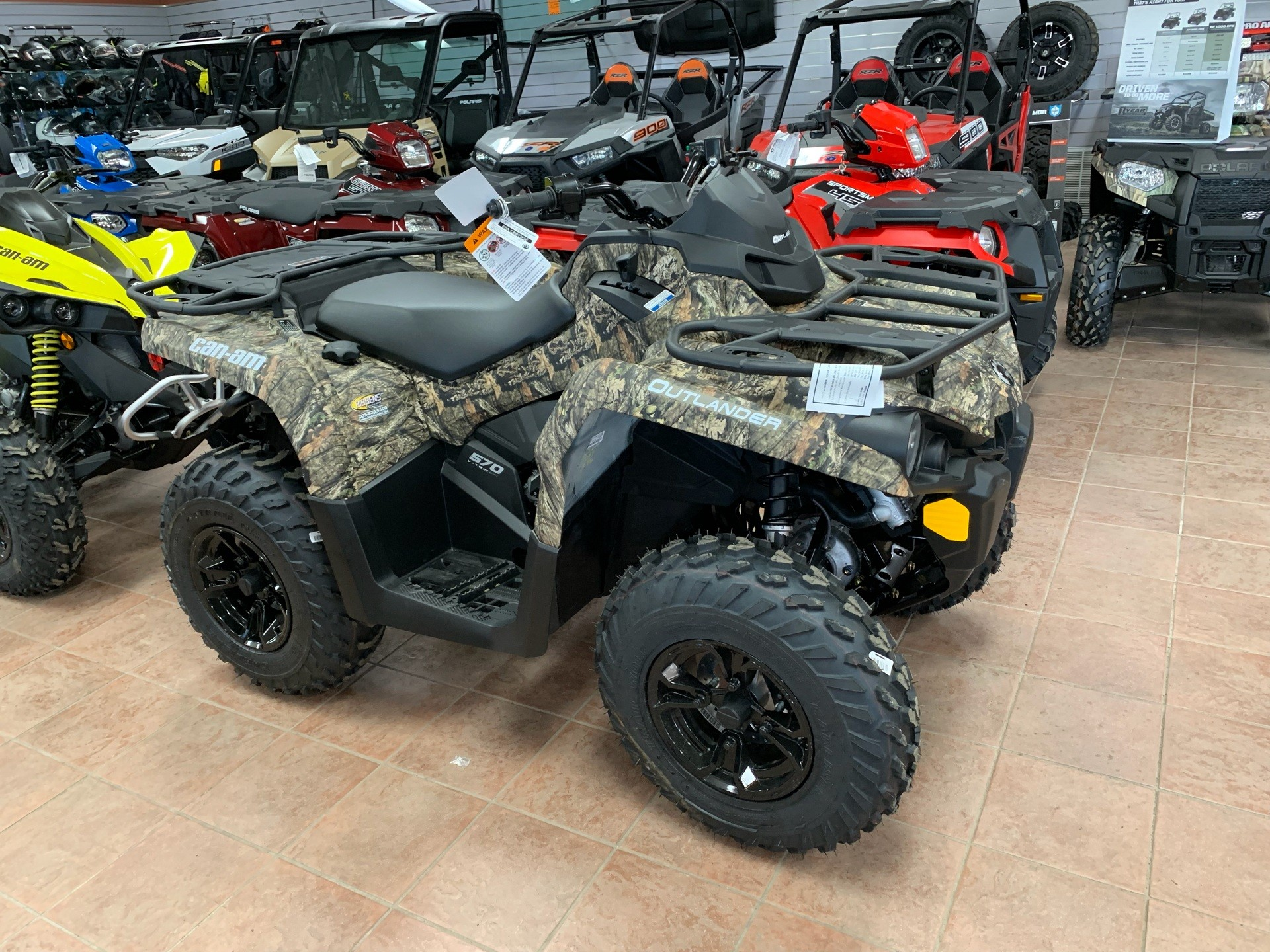 2019 Can-Am Outlander DPS 570 in Weedsport, New York - Photo 1