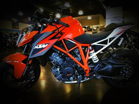 2016 KTM 1290 Super Duke R in Springfield, Missouri